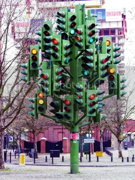 Weird Monuments,Weird Monuments,Traffic Light Tree