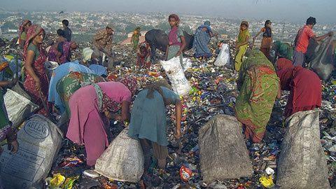 """Résultat de recherche d'images pour """"Le peuple des ordures"""""""