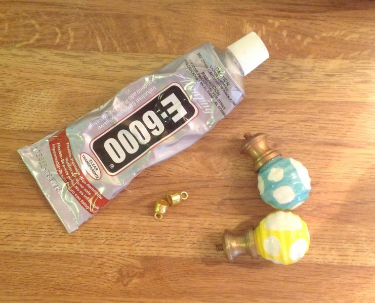 IMG 2091 741x600 DIY Easy Cabinet Knob Necklace