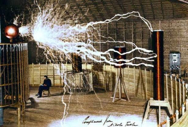Πειράματα του Νίκολα Τέσλα στο Κολοράντο Σπρινγκς για την Ασύρματη Μεταφορά Ενέργειας