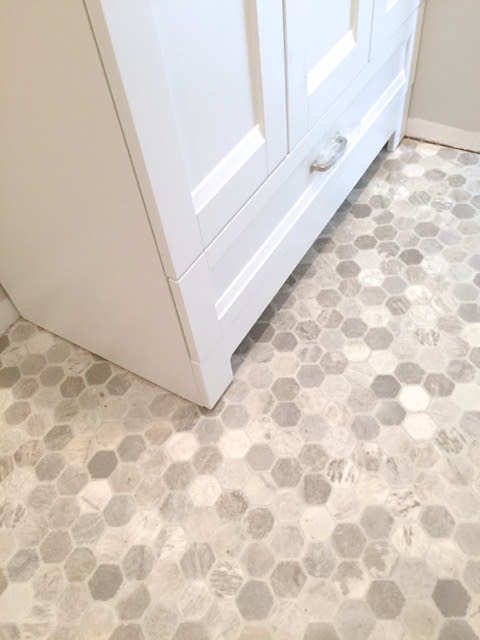 Getting a hex tile look (with vinyl) - NewlyWoodwards