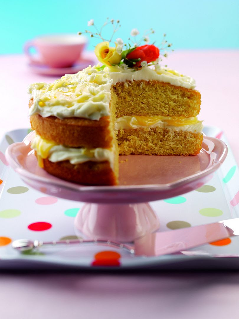 photo Easter_Ginger_and_Lemon_Cake_zpsaed67ce9.jpg