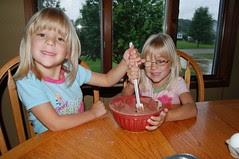 Stir it up, girls!