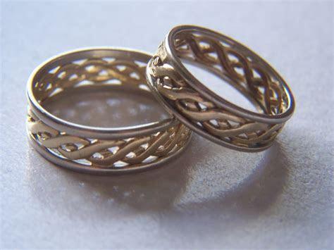 Best Time to Buy Wedding Rings   CreditDonkey