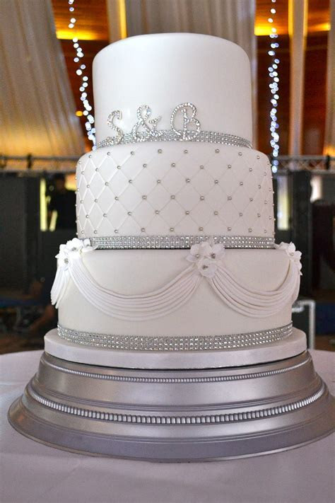 Diamante and Drapes Wedding Cake   Wedding Cakes   Cakeology