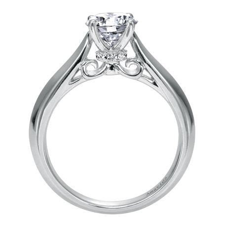 same solitaire, side view with peekaboo diamonds    looove