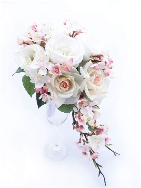 Best 25  Cherry blossom bouquet ideas on Pinterest   Tall