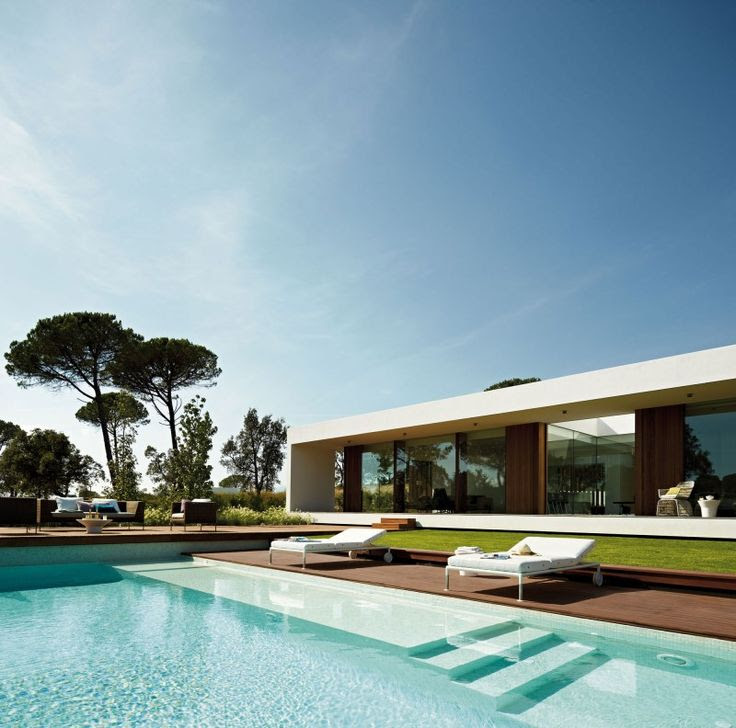 Deluxe Spanish Property Hiding a Large Infinity Pool: Villa Indigo
