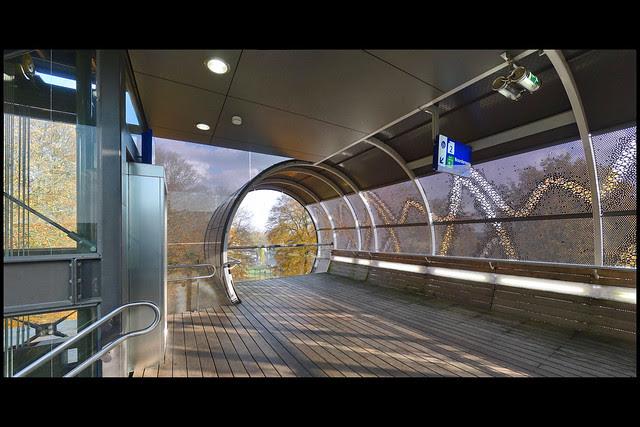 hilversum traverse mediapark station hilversum noord 04 2011 meyer_v schooten (stephensonln)