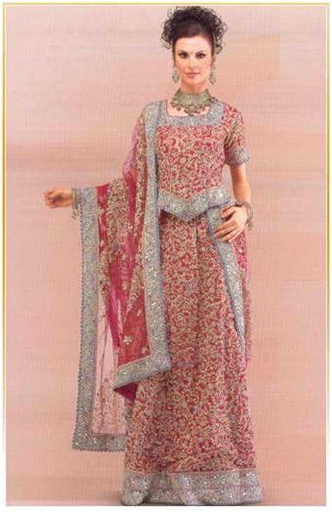 Model Dresses: Lehenga Choli