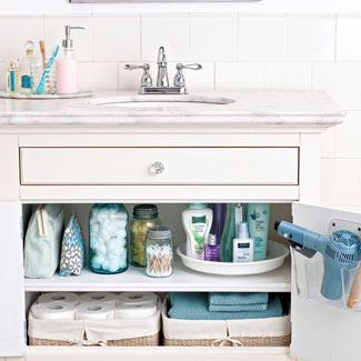 bathroom decor ideas: this would be such a cute saying for