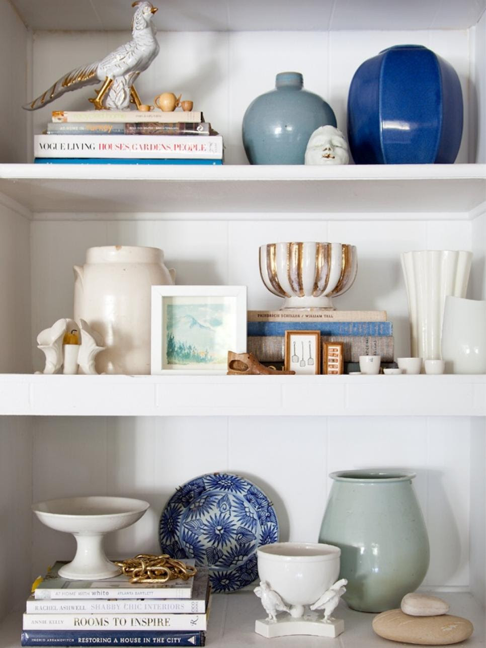 20 Mantel and Bookshelf Decorating Tips | HGTV
