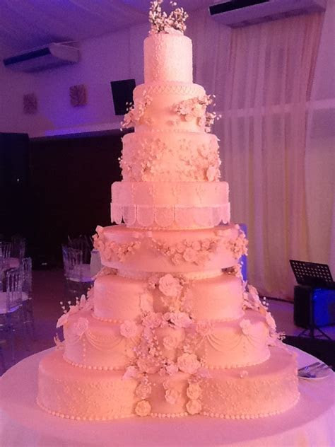 Grand wedding cake   idea in 2017   Bella wedding