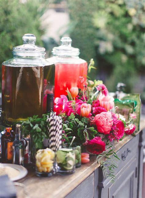 Creative Decor Ideas for the Wedding Cocktail Hour