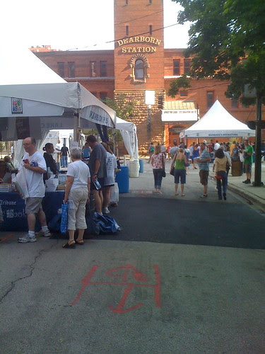 Printers Row book fair, towards Dearborn Station