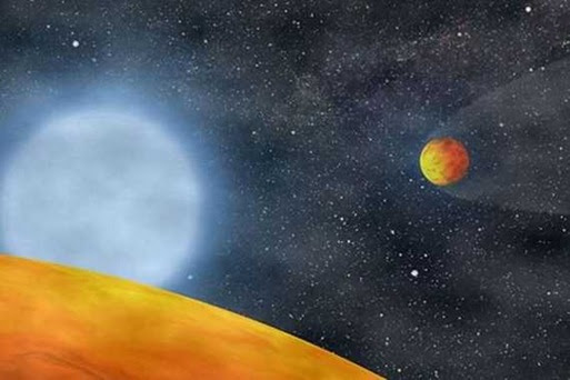 Giant-Exoplanet-Split-Into-Two-Earth-Sized-Chunks