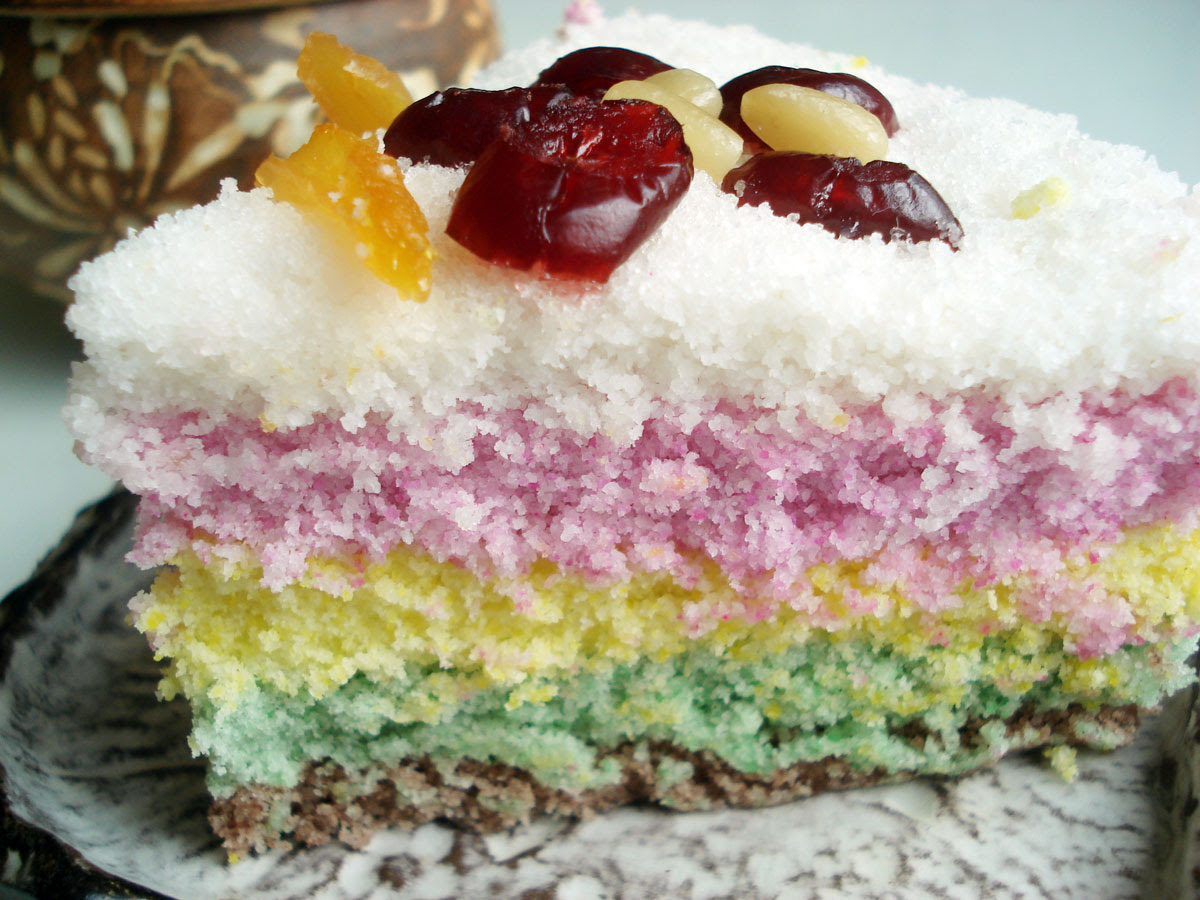 Rainbow rice cake (mujigae-tteok) recipe - Maangchi.com