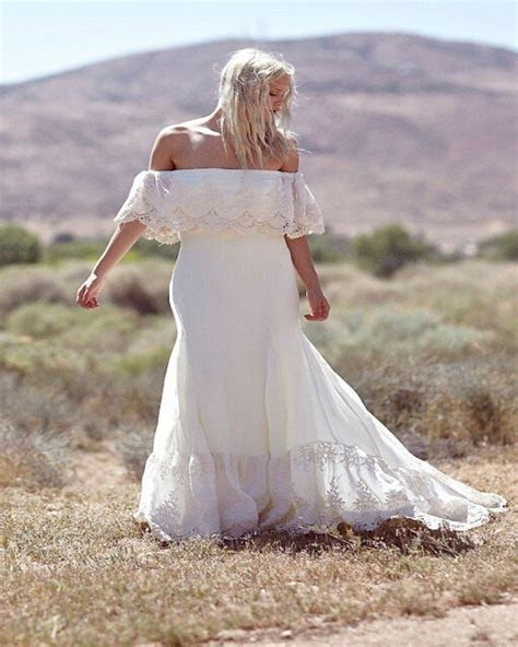 Plus Size Collection :: Boho Off Shoulder Lace & Chiffon
