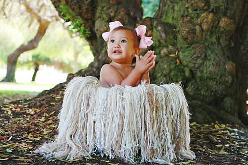 Ann Easterling Photography took this amazing pic with my Super Oatmeal Fringie photo prop and her darling Madison!