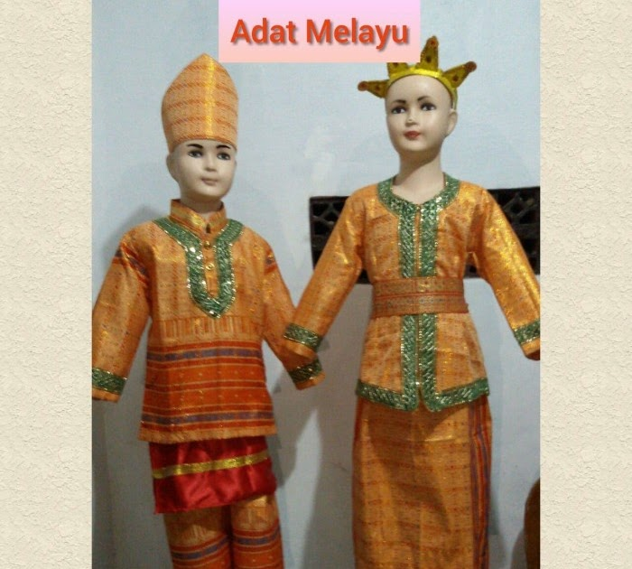 Foto Pakaian Adat Riau - Baju Adat Tradisional