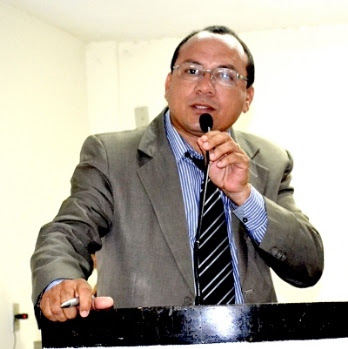 Presidente da Câmara, vereador Antônio Pires.