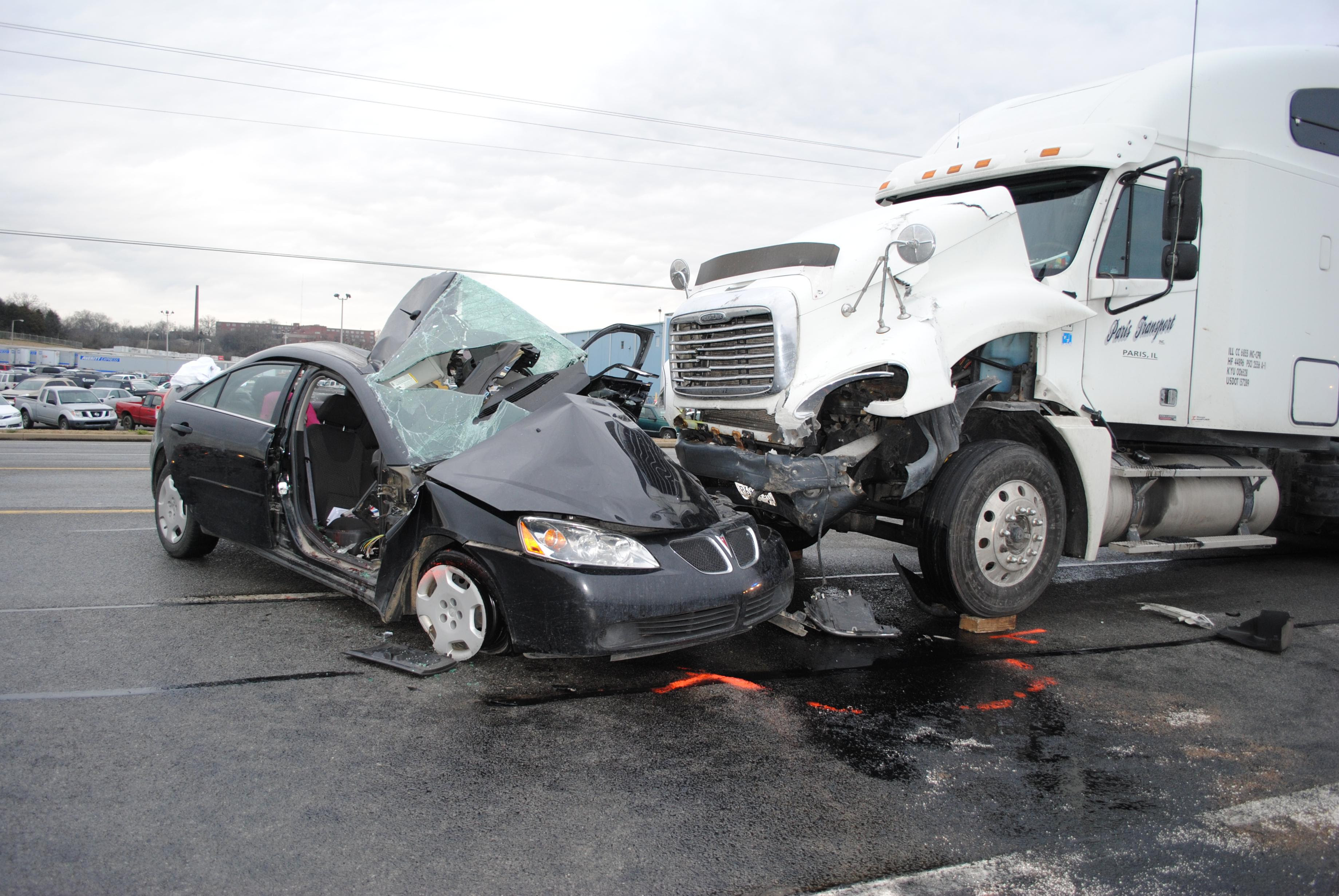 South Carolina Trucking Accident Lawyers in Columbia  Goings Law Firm, LLC