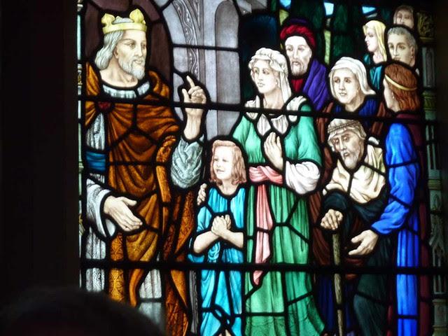 P1080284-2011-03-07-Phoenix-Flies-Peachtree-Christian-Church-Stained-Glass-Portrait