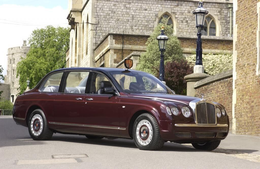 سيارة Bentley State Limousine
