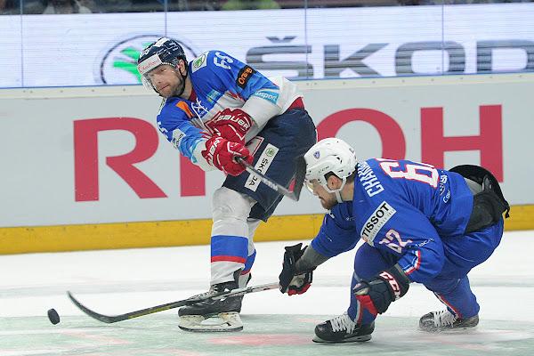 30e5854d87a5c ANKETA: Mali ísť Buček a Marcinko na MS v hokeji 2019?