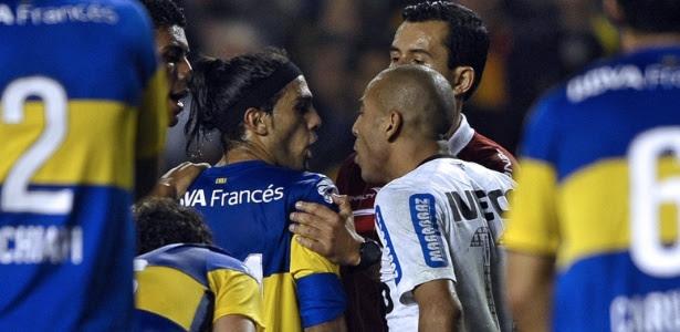 Site argentino diz com ironia que Boca precisa de ajuda de Deus para avançar