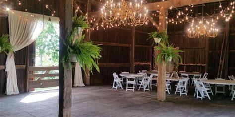 Maple Walnut Farm Weddings   Get Prices for Wedding Venues