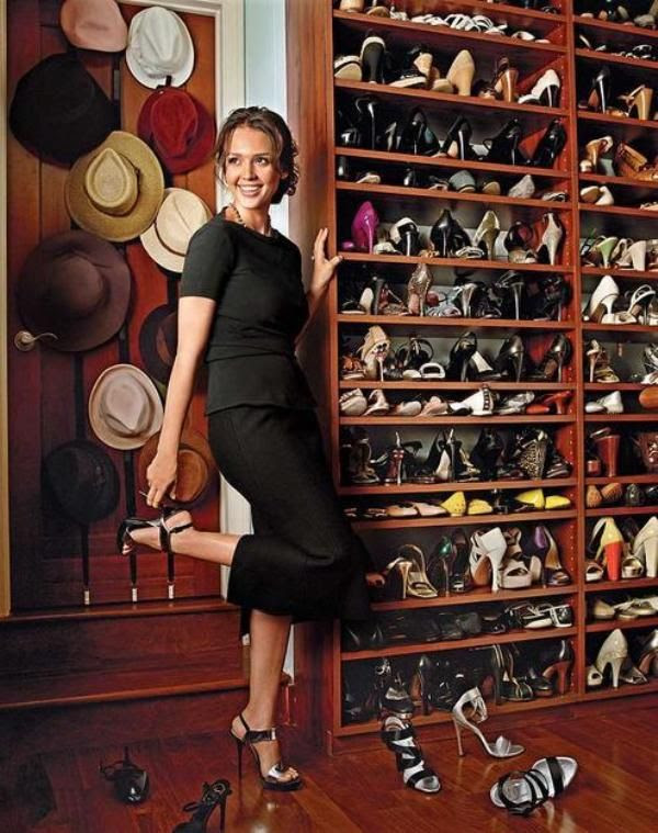 Celebrities' Dressing Room Designs | InteriorHolic.