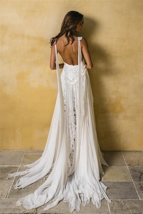 Hollie 2.0 RTW   dress in 2019   Wedding dresses, Wedding