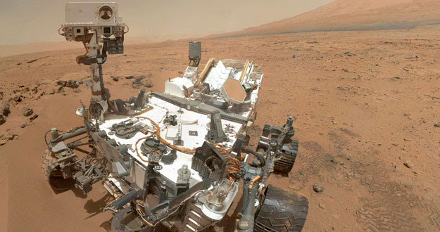 NASA's Curiosity rover used the MAHLI to capture this set of 55 high-resolution images, which were stitched together to create this full-color self-portrait