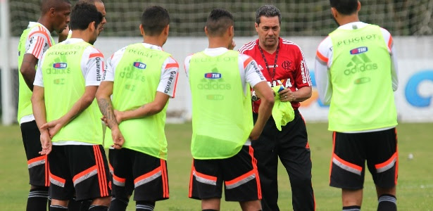 Vanderlei Luxemburgo faz mistério sobre a escalação do Flamengo na Copa do Brasil