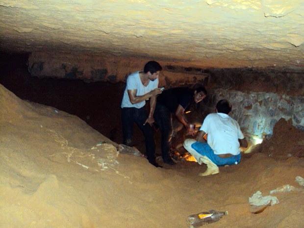 Agentes encontram caverna no presídio de Alcaçuz no RN (Foto: Divulgação/Coape)