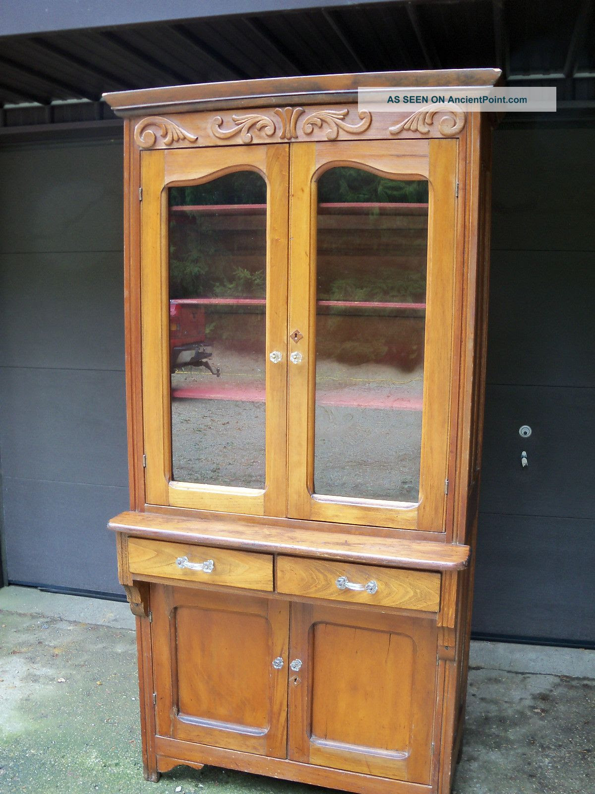 Antique Kitchen China Cabinets