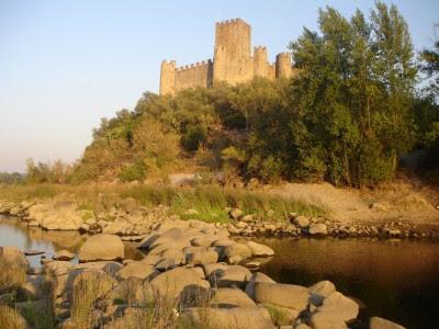 Castelo de Almourol deixou de ser uma ilha por falta de caudal no rio Tejo