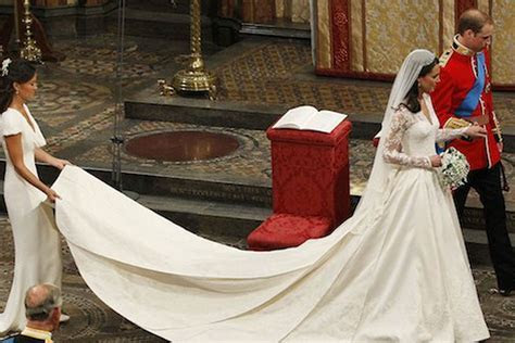 Kate Middleton's Alexander McQueen Wedding Gown Will be on