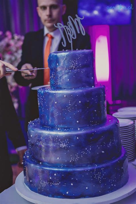 Starry night Wedding cake   Wedding cake   Starry night