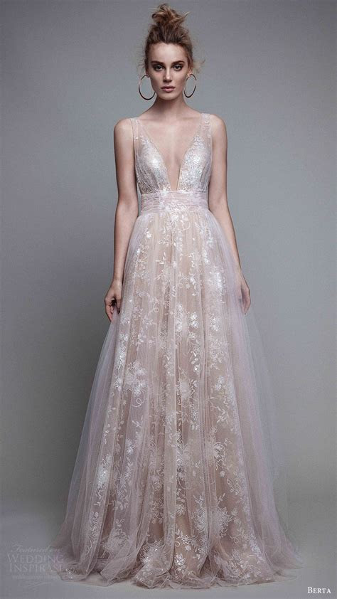Berta Fall 2017 Ready to Wear Collection   Wedding Gowns