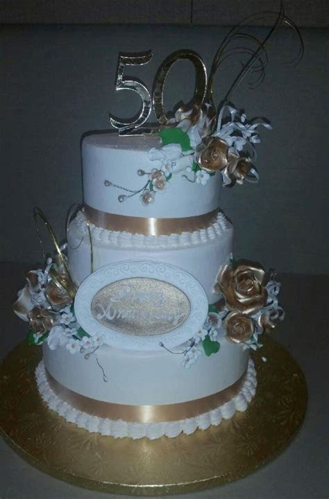 1000  images about Bridal Shower/Anniversary Cakes on