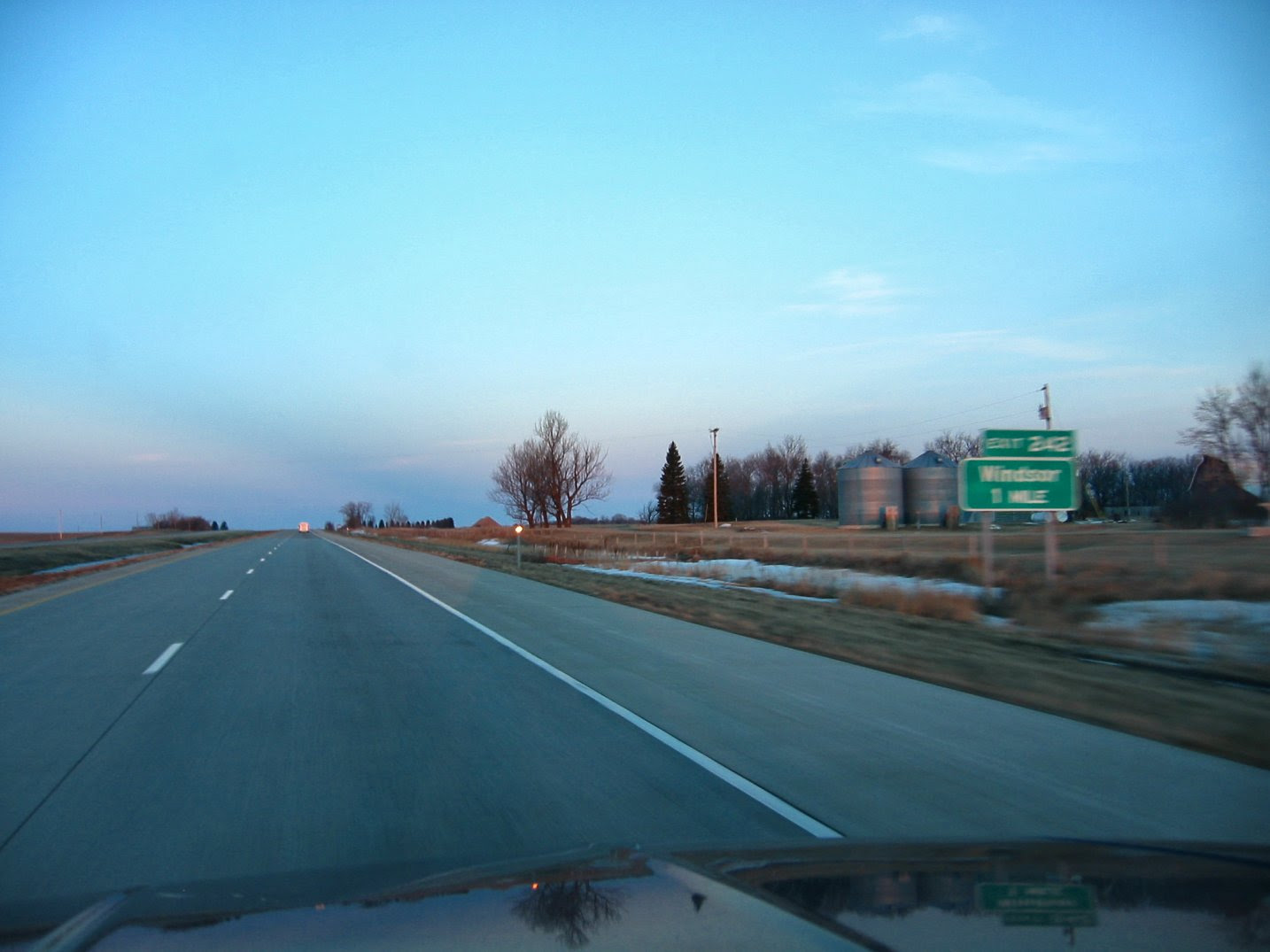Highway I94 - North Dakota - before the Windsor exit -March 2005 - soul-amp.com