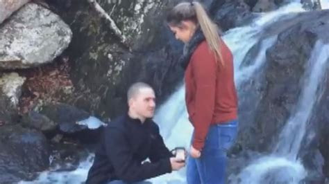 Proposal Fail: Engagement Ring Falls Into Water, Ruining