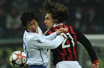 Membuat Pirlo Tak Berkutik di Perempat-Final Liga Champions 2009/10