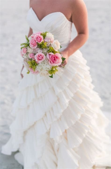 15 Must see Ruffle Wedding Dresses Pins   Ruffled wedding