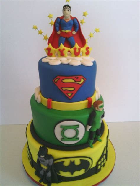Justice League Cake made by Dazzling Sweets dazzlingsweets