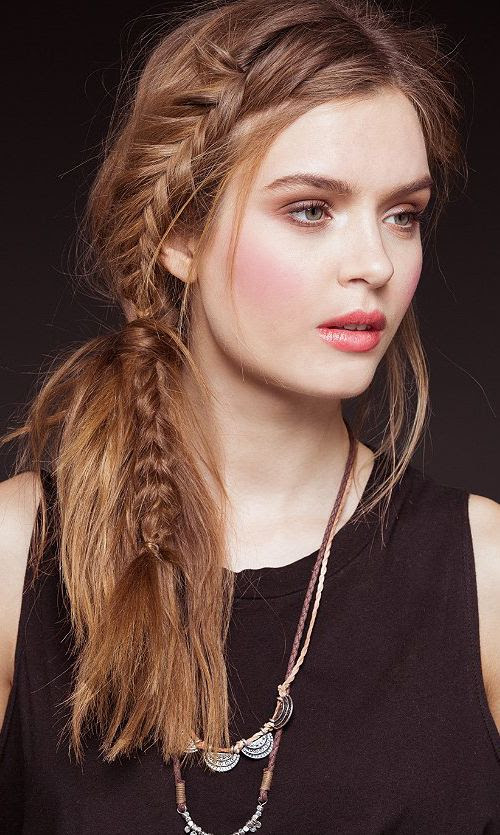 boho style hair and beautiful makeup!