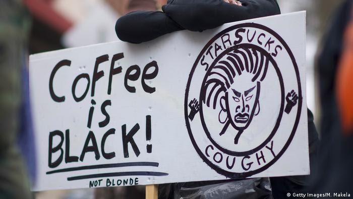 USA Starbucks schließt zeitweise 8000 Cafés wegen Anti-Diskriminierungs-Kurs (Getty Images/M. Makela)