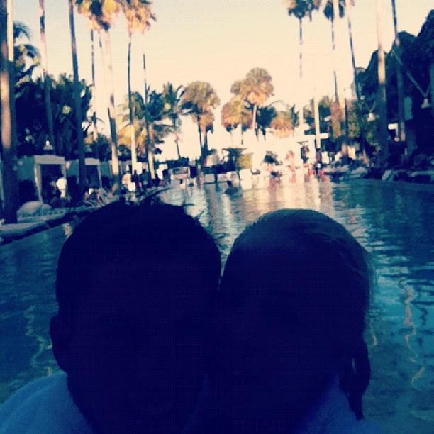 Danielle Winits posta foto com o namorado, Amaury (Foto: Reprodução / Twitter)